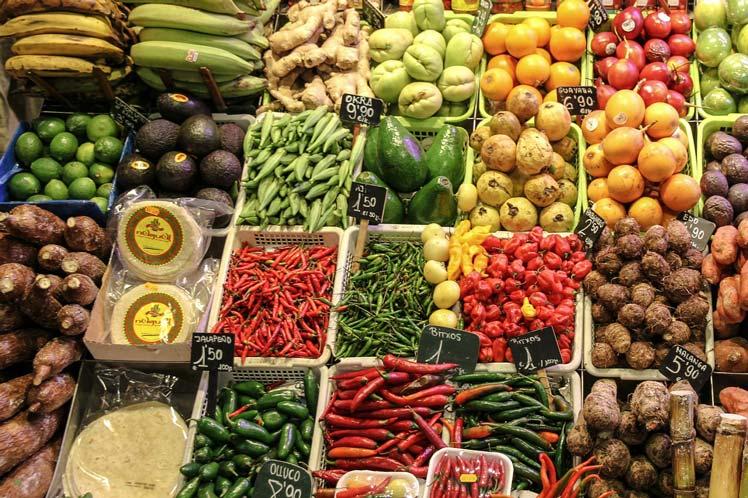Hoe-lang-groente-koken-laurierboom.nl_