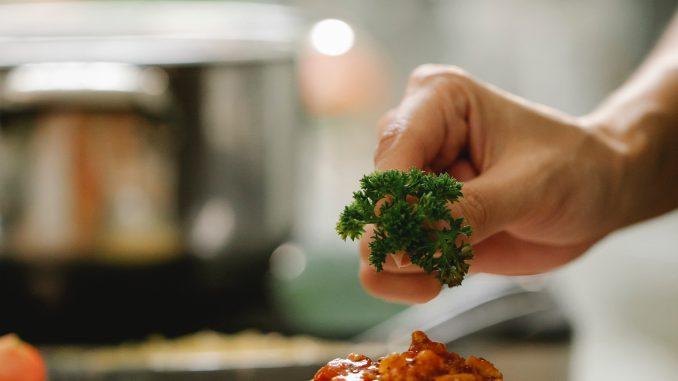recepten pastasalades met gerookte kip
